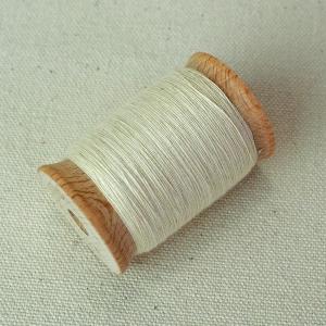 ミシン糸横から見た画像